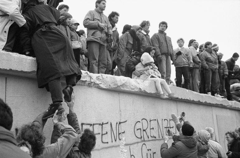 Este mes | 28 años después de la caída del Muro de Berlín