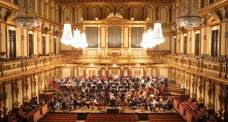 Estrenar año a ritmo de Strauss