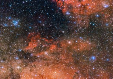 """Fotos del espacio: estrellas fugaces y una """"mancha"""" verde cósmica"""