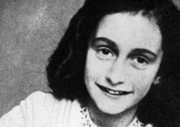 Hallan colgante casi idéntico a uno de Ana Frank