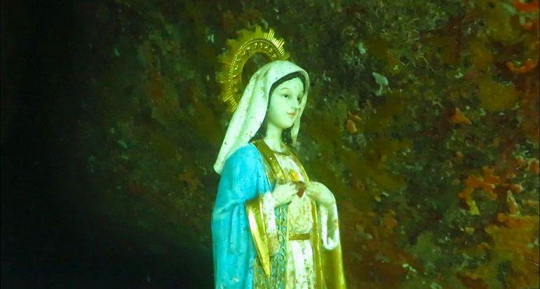 Hallan imagen de la Virgen María en el fondo del mar