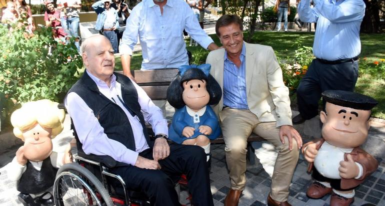 Inauguran una nueva escultura de Mafalda en Argentina