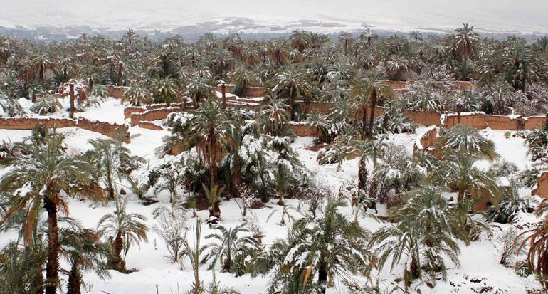 Intensa nevada por primera vez en 50 años en el desierto de Marruecos