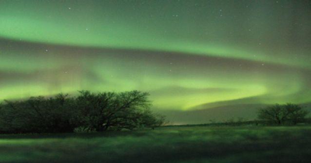 La NASA le dispara una aurora boreal