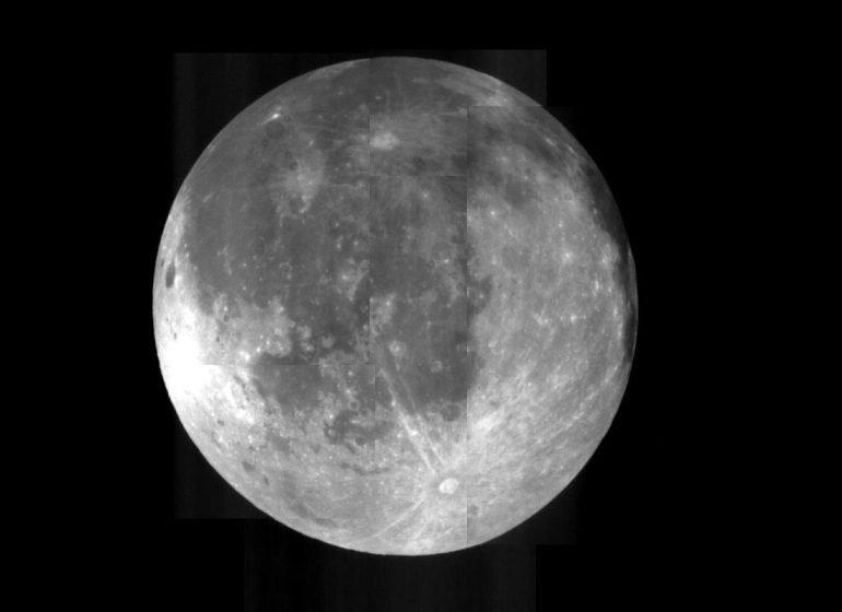 La Tierra tuvo dos lunas