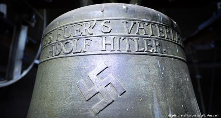 """La """"campana de Hitler"""" seguirá sonando en Alemania"""