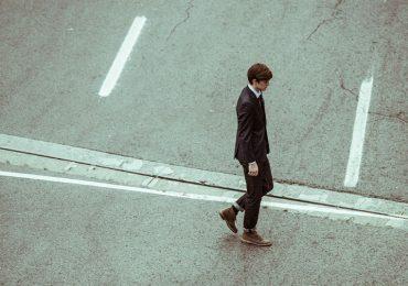 La forma en que caminas indica cuánto tiempo vivirás