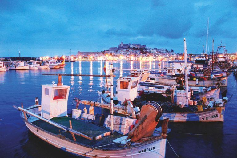 La isla Blanca de las Balearaes