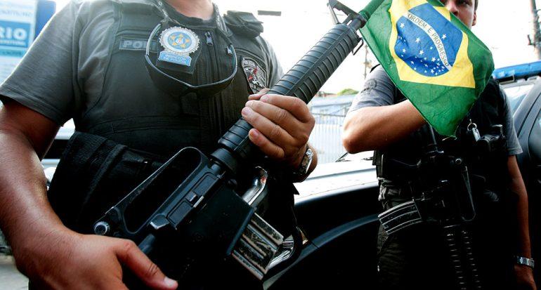 Las armas tocan la puerta en Brasil