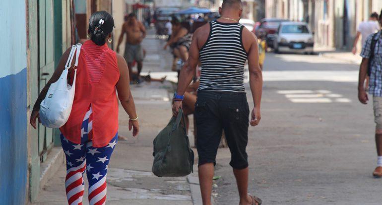 Las barras y las estrellas en Cuba