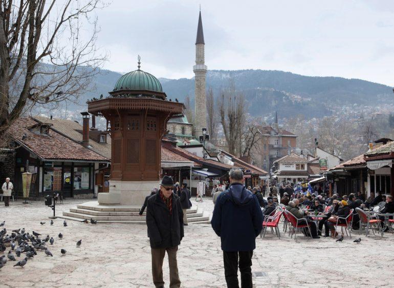 Las dos sociedades de Sarajevo