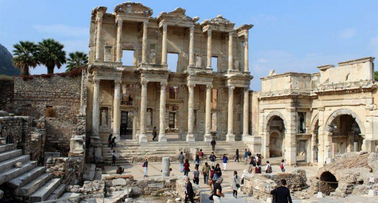Las ruinas de Éfeso en cinco actos