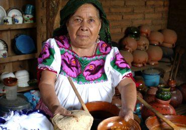 Michoacán revela sus secretos de comida tradicional en un festival