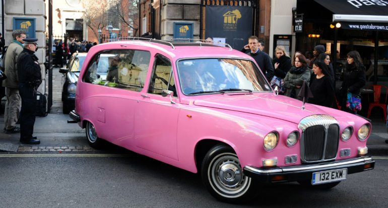 Nadie quiere robarse un coche rosa