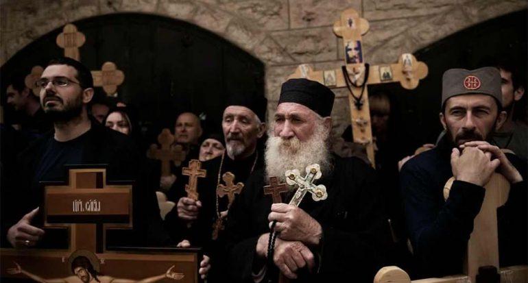 Peregrinos celebran la Pascua en Jerusalén