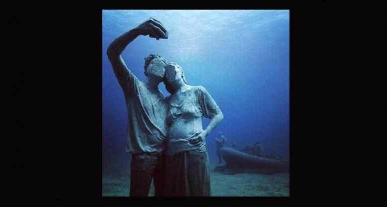 Primera selfie de museo bajo el agua
