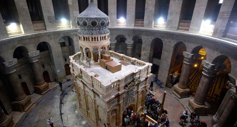 Líderes cristianos cierran indefinidamente el Santo Sepulcro