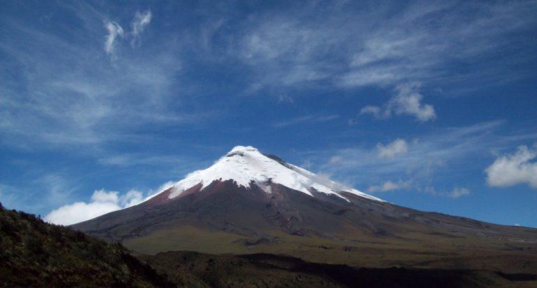 Reabren el parque nacional Cotopaxi en Ecuador