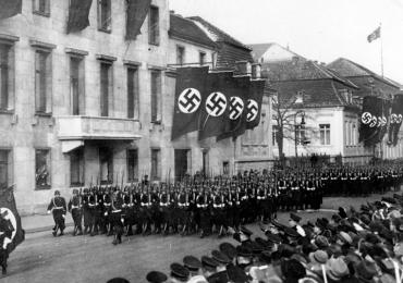Sabías que un refresco fue creado por la Alemania Nazi