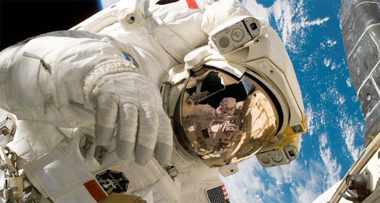 Se busca astronauta