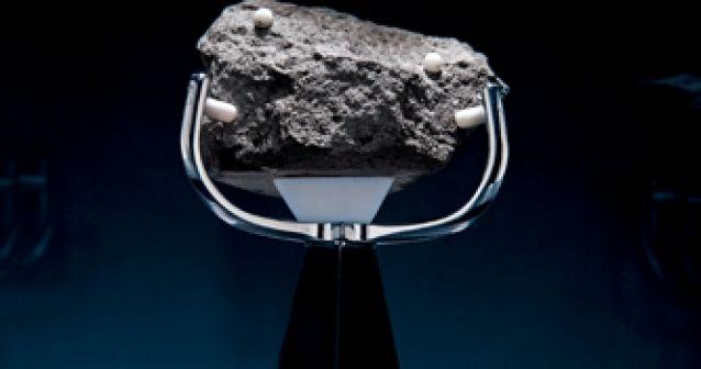 Se buscan rocas lunares