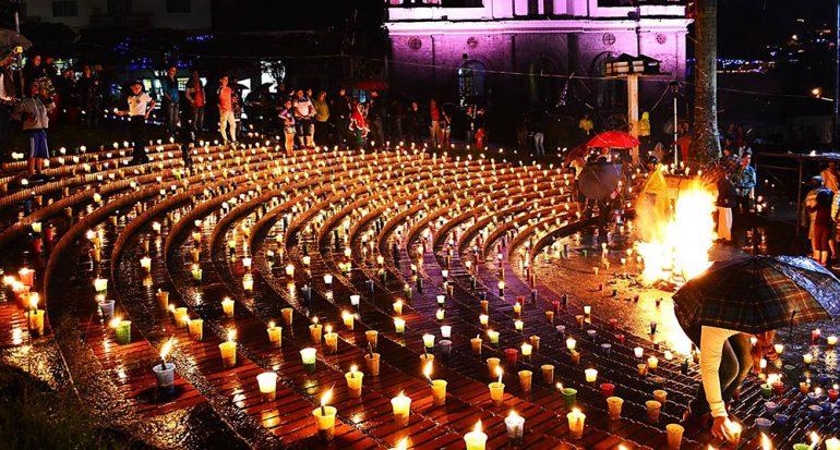 Se testigo de la Noche de las Velitas en Colombia