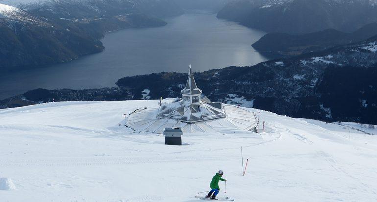 Stranda: Para esquiar con una vista especial