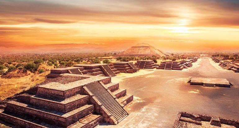 Teotihuacán celebra más de 100 años
