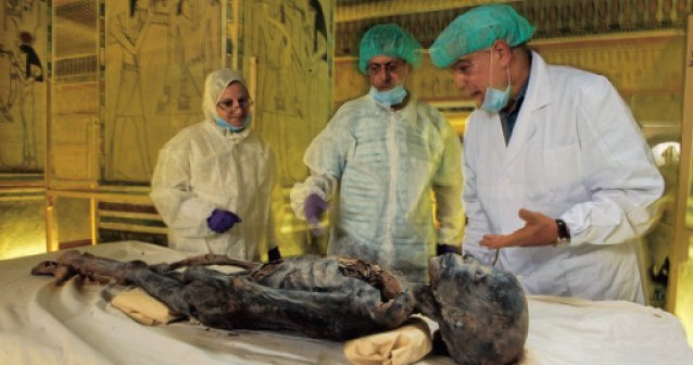 Tutankamón secretos de familia