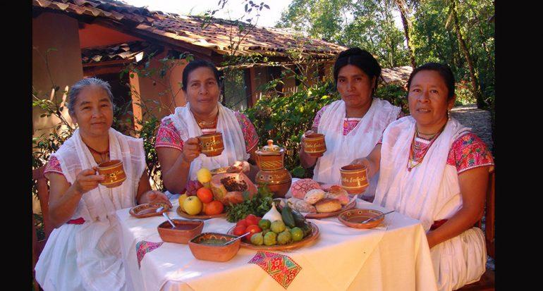 Un hotel atendido por indígenas nahuas