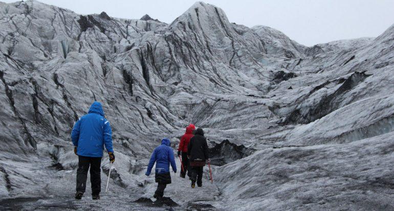 Una caminata sobre el glaciar islandés Solheimajökull