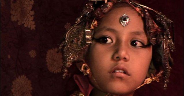 Una diosa viviente se retira antes de lo previsto en Nepal