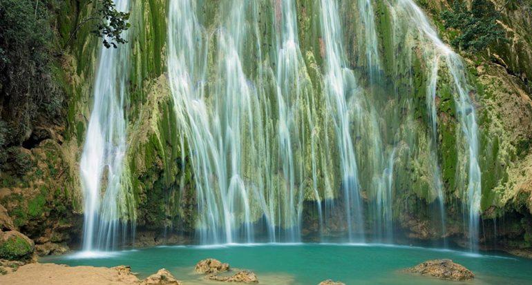 Unas espectaculares cascadas en el Caribe