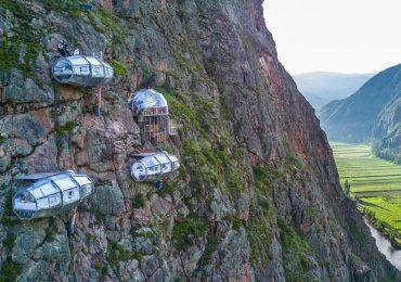 Visita el hotel colgante de Perú