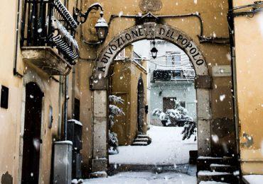 Visita esta ciudad con el callejón más angosto de Italia